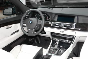 BMW 5-series 2010 interior